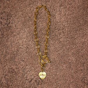 Gold link heart necklace